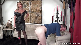 Energized MILF dominates with an increment of gets fucked in superb XXX