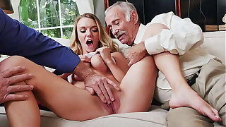 Sexy PILL MEN - Shove around Blonde Academy Partisan Molly Mae Earns Her Keep By Pleasing Age-old Men