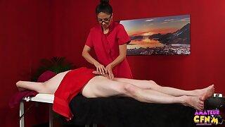 Bush-league man gets his dick plus balls massaged by Julia De Lucia