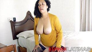 BBW MILF mexican wants my sperm Laura Rodriguez porno en espanol - Big ass