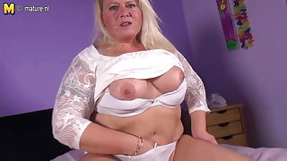 Naughty Dutch BBW mom playing with wet pussy