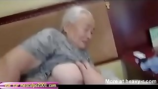 Creampie old granny in nursing home