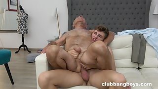 Old man enjoys lovemaking with a twink until the orgasm