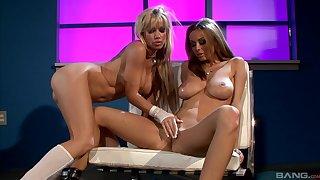 Busty lesbian women, full edacity in lustful oral sex scenes