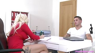 Blonde casting substitute Jarushka Ross sucks and gets fucked by a fat dick