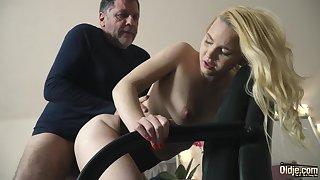 Teen on her knees sucking on grandpa cock deepthroat