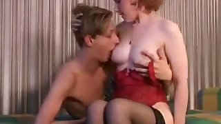 Hot Cougar Russian Home Sexual Teach Her Young Lover