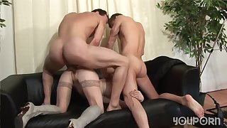 Two hung studs take turns fucking a horny mature lady in someone's skin pest