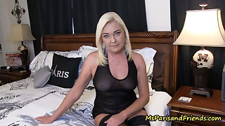 Visiting home I obtain to fuck my horn-mad mom